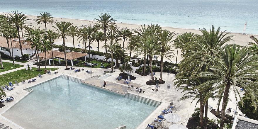 Frisch renoviert wiedereröffnet: Der Robinson Club Jandia Playa war die erste Ferienanlage von Robinson.