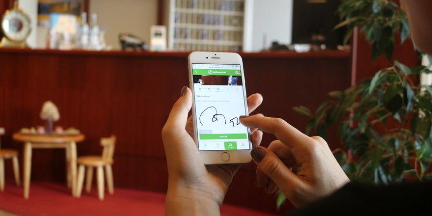Digitaler Check-in: Mit einem digitalen Meldeschein könnte das, was zurzeit im Greenline Hotel Haffhus entwickelt wird, bald flächendeckend zum Einsatz kommen