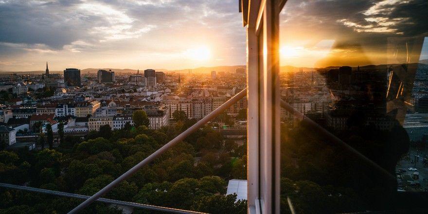 Neuer Standort Wien: Blick über die österreichische Hauptstadt vom Riesenrad im Prater