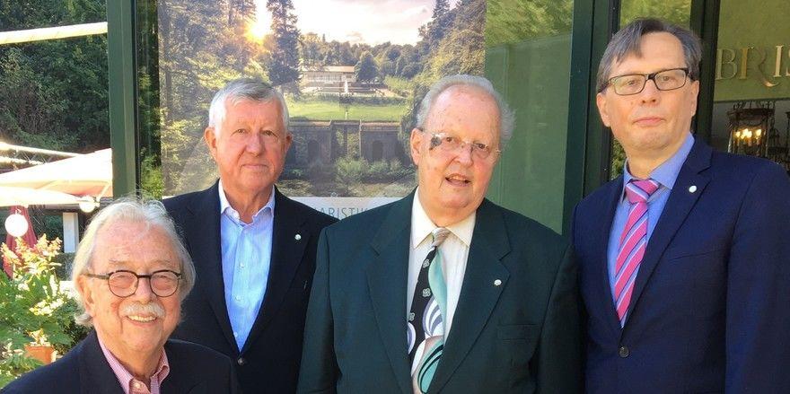 Vier GAD-Präsidenten (v.l.) Friedwolf Liebold, Hubert Möstl, Jürgen Klaffke, Bernhard Böttel