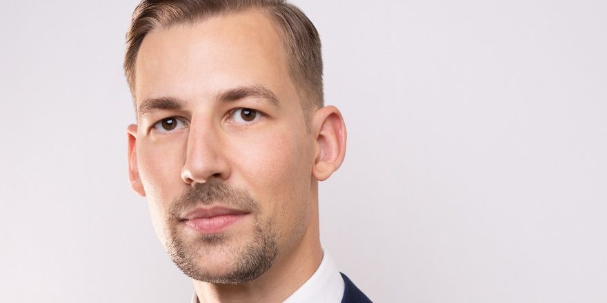 Hotelimmobilienspezialist: Simon Kronberger, Associate Director bei Christie & Co.
