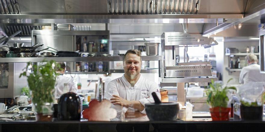Cooler Koch: Anton Schmaus betreibt seit fünf Jahren das Restaurant Storstad