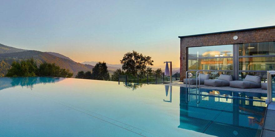 Gehört zu den Top Wellness-Hotels in Deutschland: Das Hotel Bergkristall im Allgäu. Weitere Hotels der Top 21 finden Sie in dieser Fotostrecke!