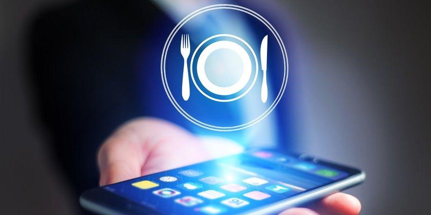 Optimierte Planung: Eine Künstliche Intelligenz kann prognostizieren, wie viele Mahlzeiten verkauft werden können