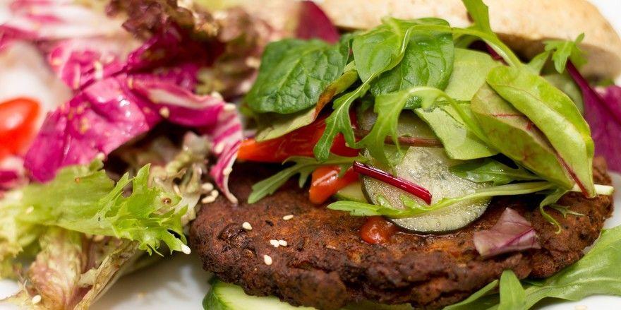 Nicht alles unbedenklich: Auch vegane Produkte können Giftstoffe aufweisen