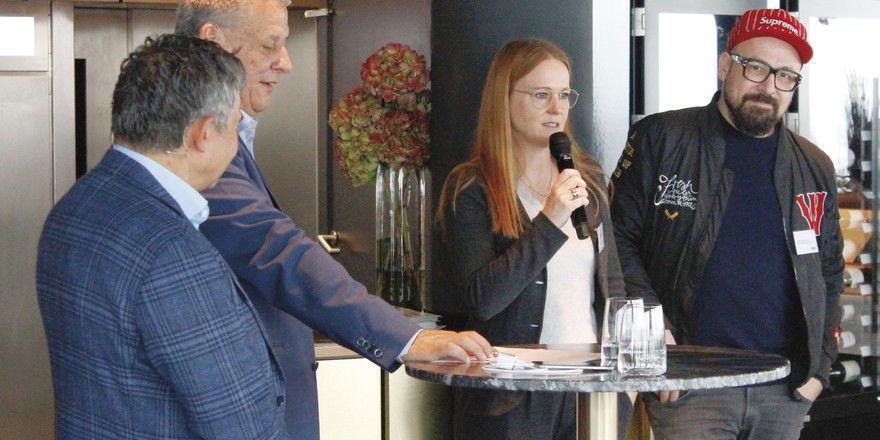 Diskutierten in Düsseldorf: (von links) Trendscout Pierre Nierhaus, ahgz-Chefredakteur Rolf Westermann, Gastronomin Kerstin Rapp-Schwan und Gastronom Selim Varol.