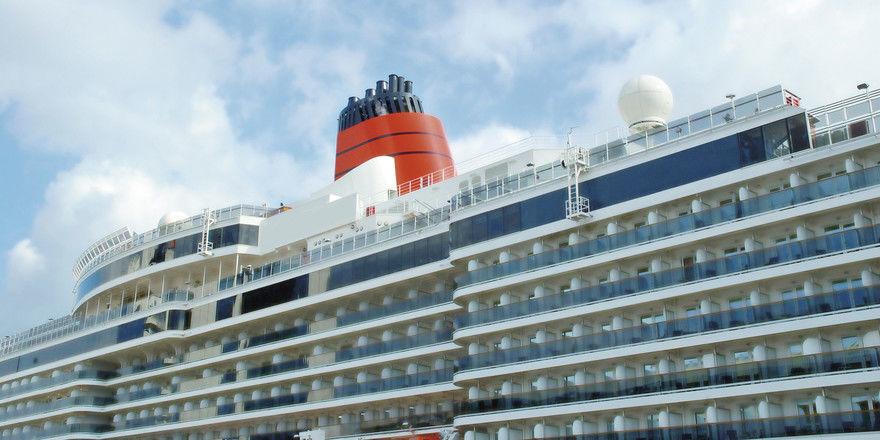 Hoch hinaus: Arbeiten auf dem Kreuzfahrtschiff kann ein Karrieresprung sein.