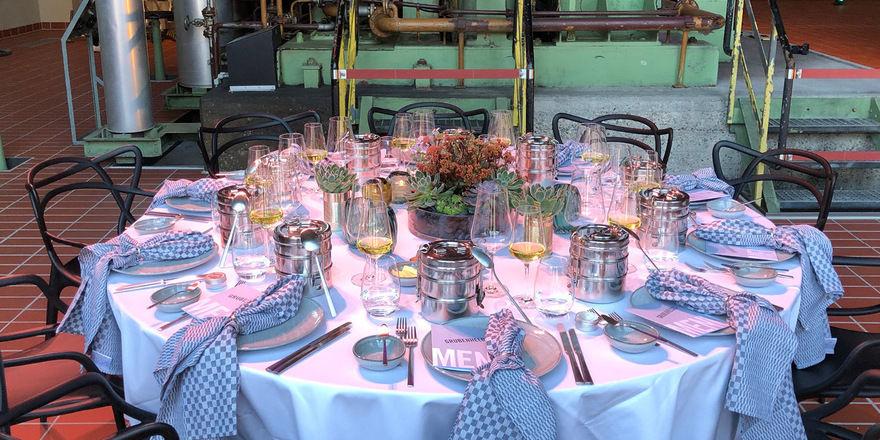Originell: Dinner in der Event-Location Grand Hall Zollverein