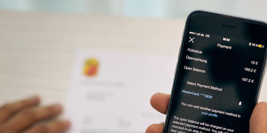 Komfortable Bezahlung: hotelbird bringt den Check-out aufs Smartphone