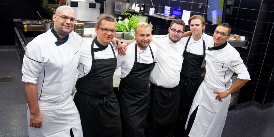 Coole Crew: (von links) Christoph Hartwig, Patrick Winter, Eric Friedrich, Phillip Kurt, Julian Johnson, Thomas Göbel