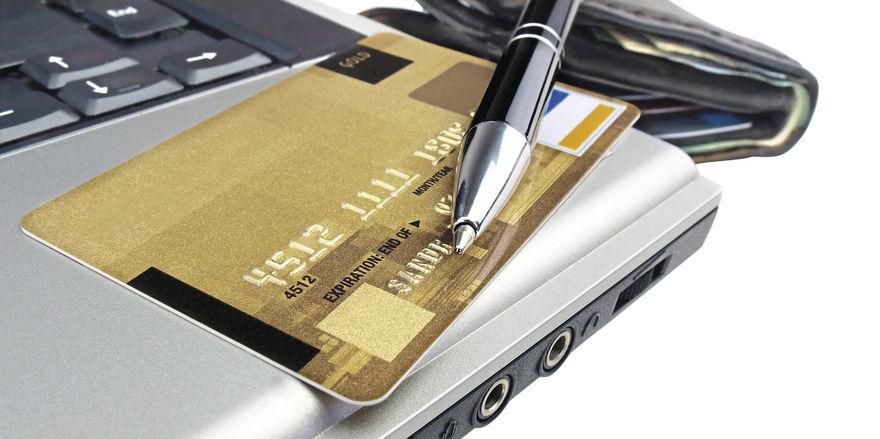 Kugelschreiber oder Kreditkarte: Künftig hat der Gast die Wahl, wenn es ums Unterzeichnen des Meldescheins geht – vorausgesetzt, der Hotelier hat die technischen Voraussetzungen dafür geschaffen.
