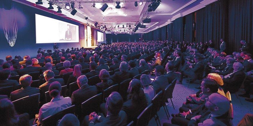 Volle Aufmerksamkeit: Der Deutsche Hotelkongress bietet Know-how aus erster Hand.