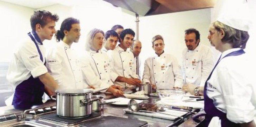 Master-Kurs für die regionale Küche Italiens - Allgemeine Hotel- und ...
