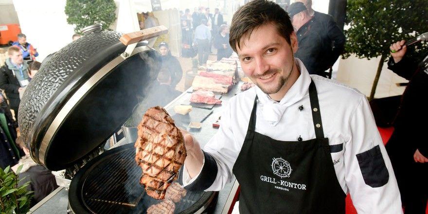 Da kann kaum ein Fleischliebhaber widerstehen: Der Grill-Kontor Hamburg präsentiert bei der Internorga hochwertige Produkte