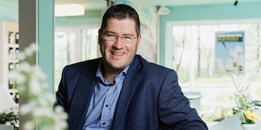 Guter Dinge: Max C. Luscher, CEO Central and Northern Europe bei B&B Hotels, freut sich auf ein neues Barkonzept
