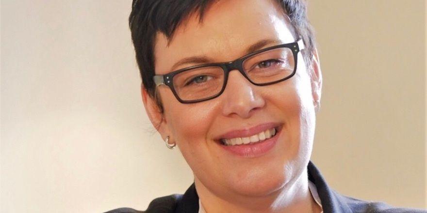 Neue Aufgabe: Janet Schroeder
