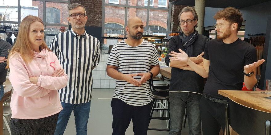 Fühlen sich allein gelassen: (von links) Die Düsseldorfer Gastronomen Kerstin Schwan, Nene Neu, Walid El Sheikh, Ralf Garden, Johannes Neu