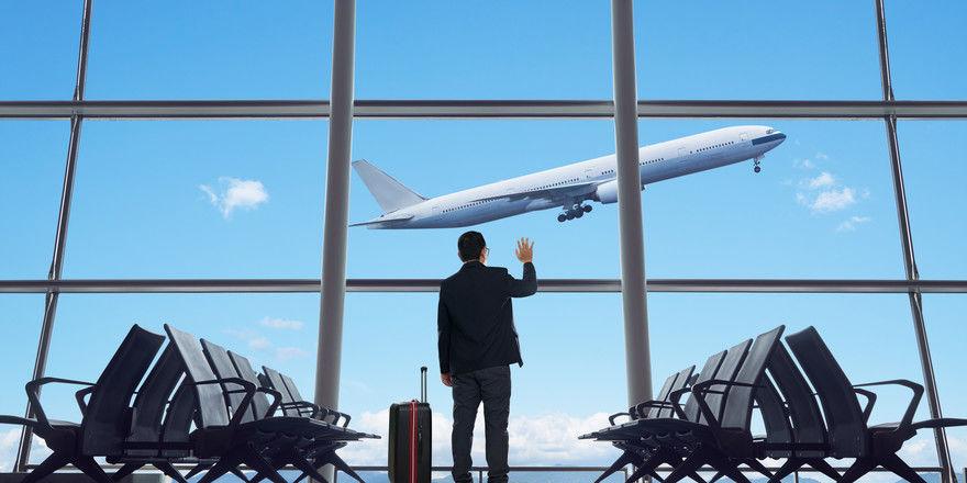 In den Startlöchern: Ab November könnten am Berliner Flughafen BER erste Flugzeuge starten