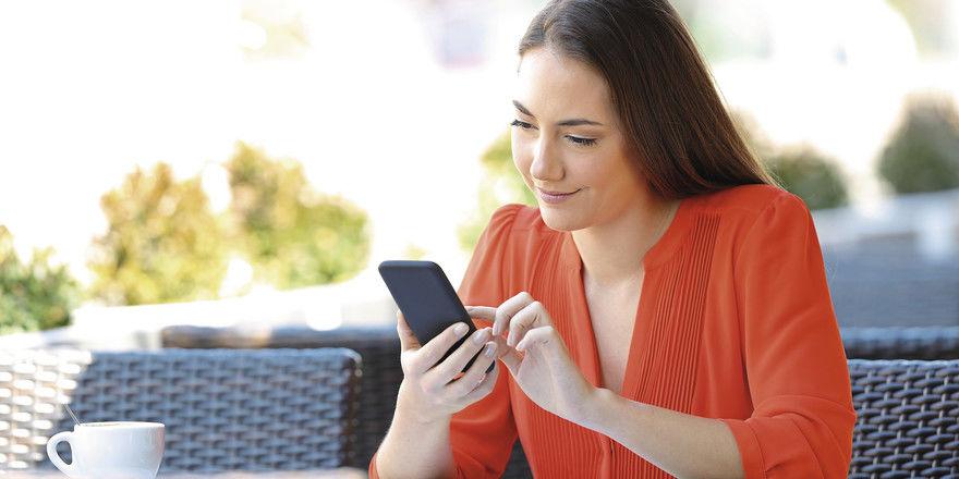 Den Kaffee per Fingerwisch bezahlen: Aufgeschlossene und digitalaffine Gäste schätzen smarte Lösungen.