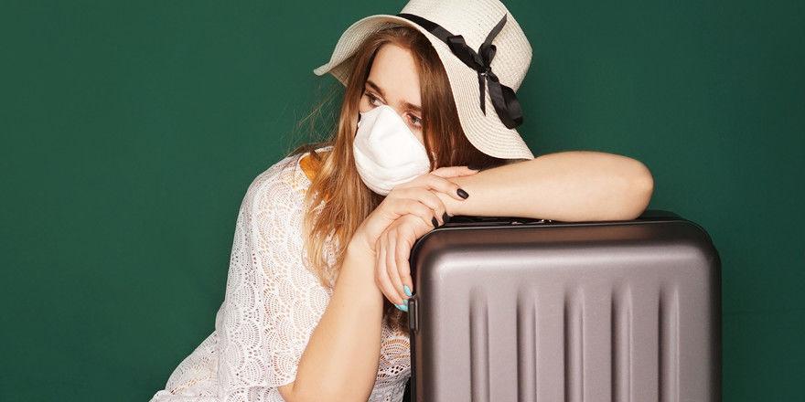 Nicht beliebt aber akzeptiert: Die Alltagsmaske ist in Corona-Zeiten auch im Urlaub ein ständiger Begleiter