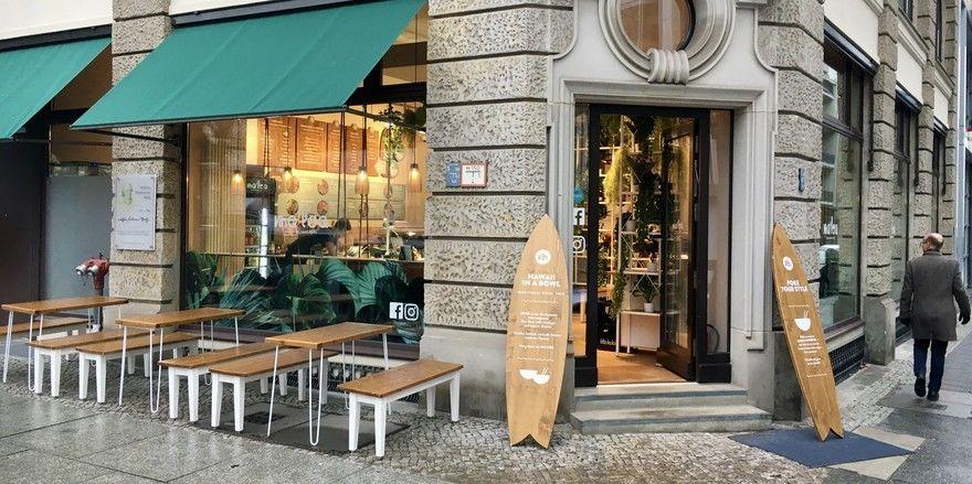 Surfer- und Hawaii-Feeling: Das Ma'loa am Hausvogteiplatz in Berlin