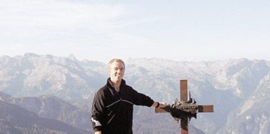 """Ein Mann will nach oben: <em>Loder liebt die Berge <tbs Name=""""foto"""" Content=""""*un*gw.6,5""""/>"""