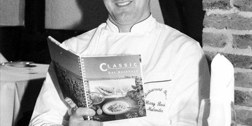 Küchenchef Harry Borst vom Hotel-Restaurant Borst in Maßweiler hat mit seinem Kochbuch einen Volltreffer gelandet.