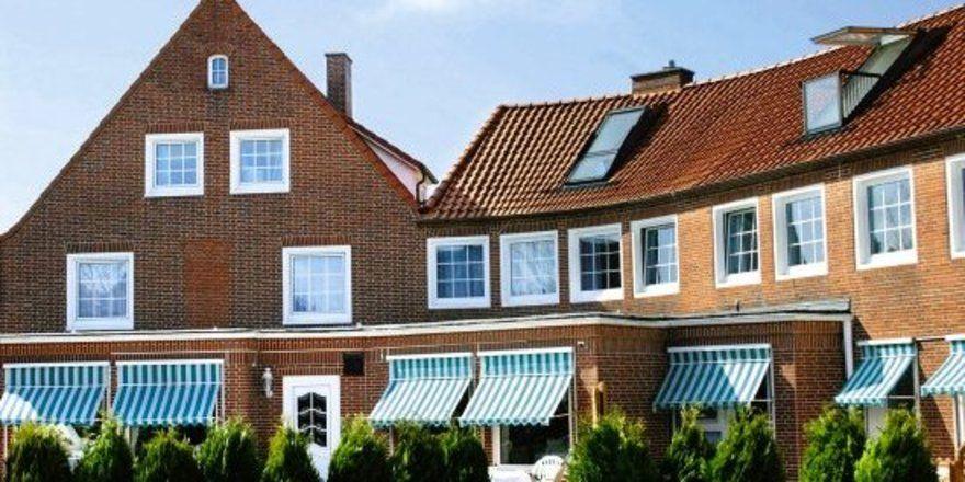 "Runderneuert: <em>Das Hotel Buschhaus auf Juist <tbs Name=""foto"" Content=""*un*gw.6,5""/>"