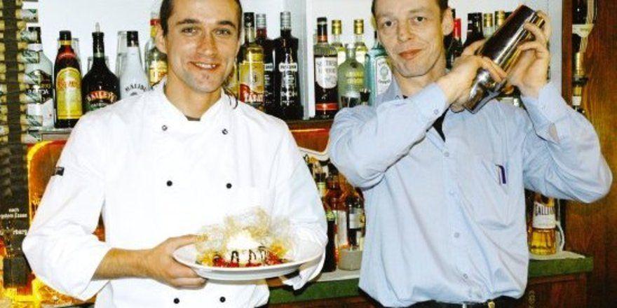 """Für jeden Geschmack etwas: <em>Küchenchef Thomas Kaczynski und Pächter Michael Heilenz (rechts) setzen auf eine Gastronomie für alle <tbs Name=""""foto"""" Content=""""*un*gw.6,5""""/>"""
