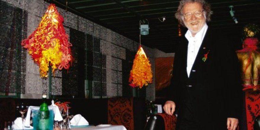 "Kostengünstige Neugestaltung: <em>Hotelier Andreas Pflaum freut sich <tbs Name=""foto"" Content=""*un*gw.6,5""/>"