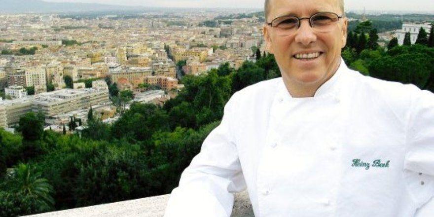 """Inspiriert vom Blick auf die ewige Stadt: <em>Heinz Beck, Küchenchef des auf einen der sieben Hügeln Roms gelegenen Restaurants La Pergola im Cavalieri Hilton <tbs Name=""""foto"""" Content=""""*un*gw.6,5""""/>"""