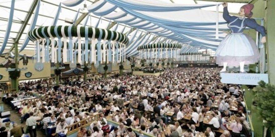 Hort für Raucher: Bayerische Bierzelte