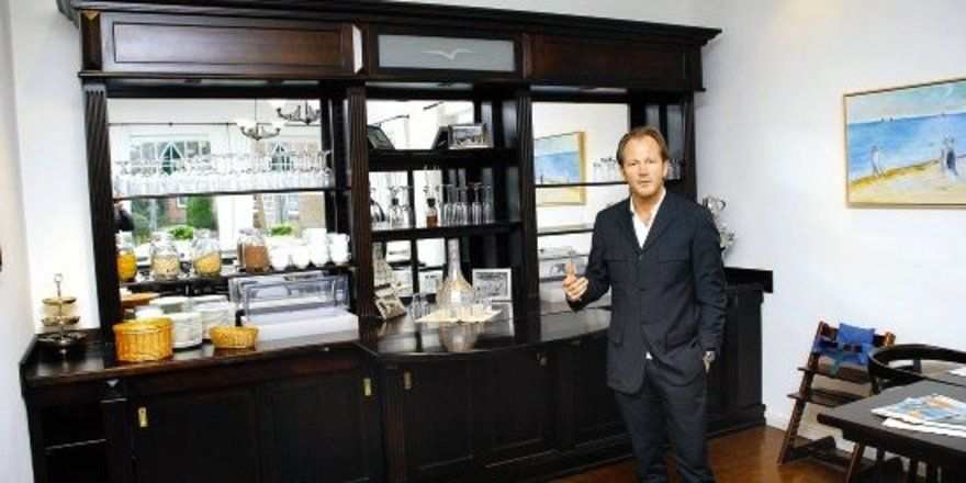 """Geschmack scheut Kompromisse: <em>Eigentümer Oliver Sinner legt viel Wert auf das Design in seinem Hotel <tbs Name=""""foto"""" Content=""""*sm*un*gw.6,5""""/>"""