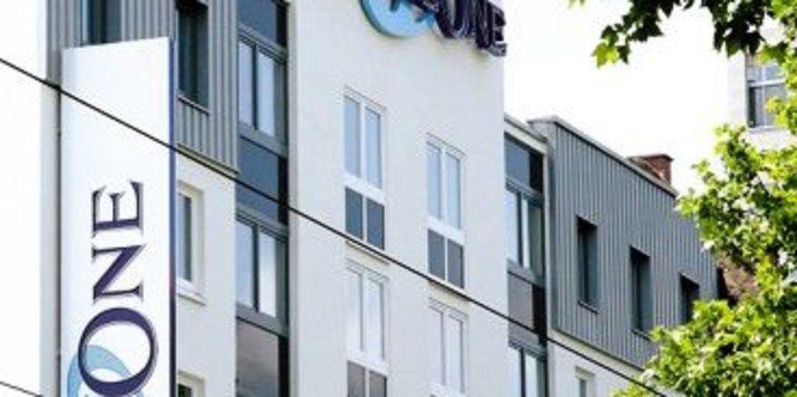 "Starke Marke: <em>Motel One <tbs Name=""foto"" Content=""*sm*un*gw.6,5""/>"