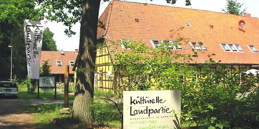 Im Wald versteckt: Kenners Landlust im Wendland