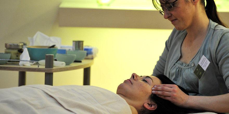 Das Gesicht wahren: Naturkosmetik ist auch für Wellness im Hotel das Thema