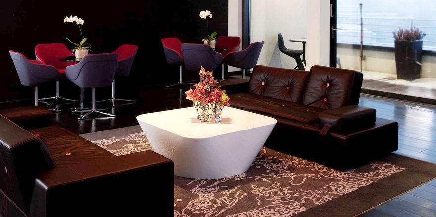Sitzen und genießen: Die neue Habanos Smokers Lounge im Andel's