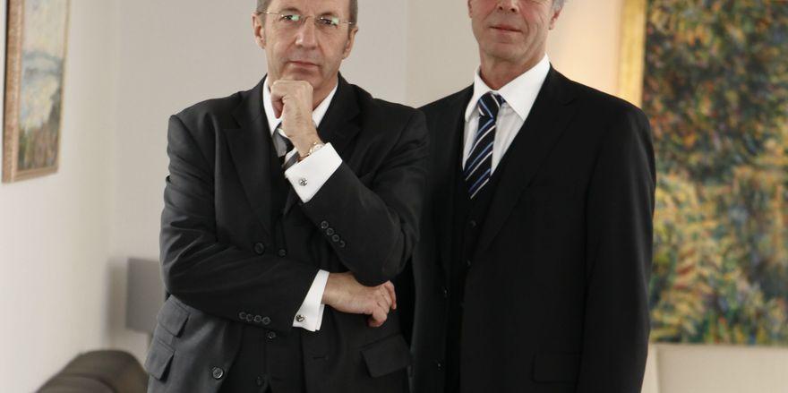 Preisträger: Der Special Award geht an die Treugast Solutions Group, hier CEO Stephan Gerhard (links) und Geschäftsführer Thomas Schlieper