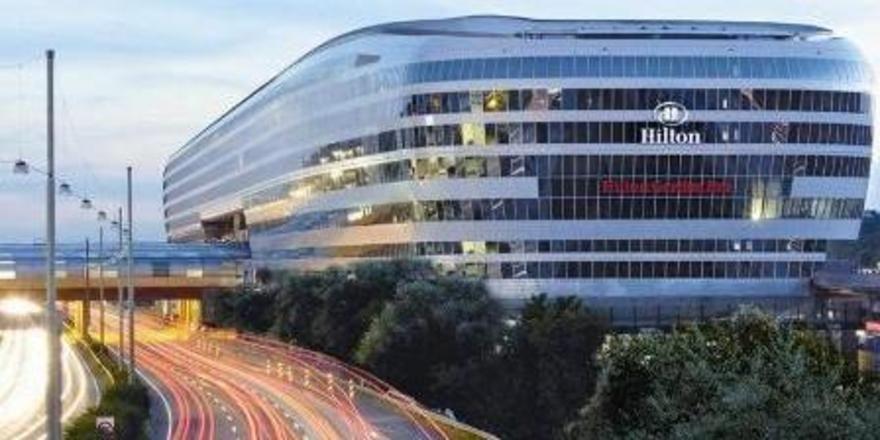Futuristisch: Der neue Gebäudekomplex The Squaire am Frankfurter Flughafen