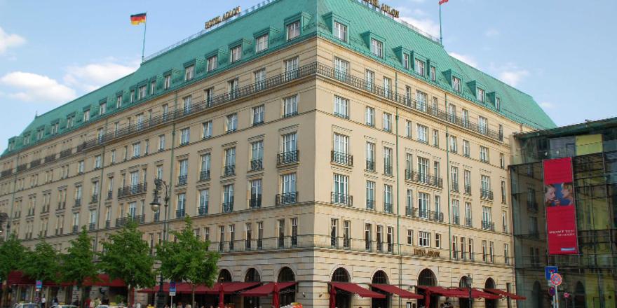 zdf dreht dreiteiler ber das hotel adlon allgemeine hotel und gastronomie zeitung. Black Bedroom Furniture Sets. Home Design Ideas