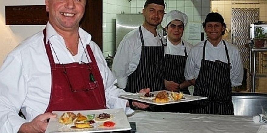 Rocco Gruosso und das Küchenteam