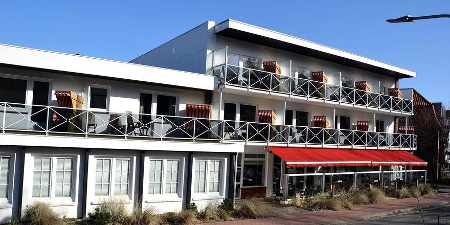 low budget kommt nach st peter ording allgemeine hotel und gastronomie zeitung. Black Bedroom Furniture Sets. Home Design Ideas