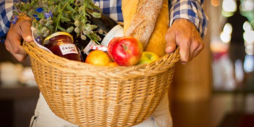Aktion: Das Hotel Edelweiss nimmt Lebensmittel statt Geld