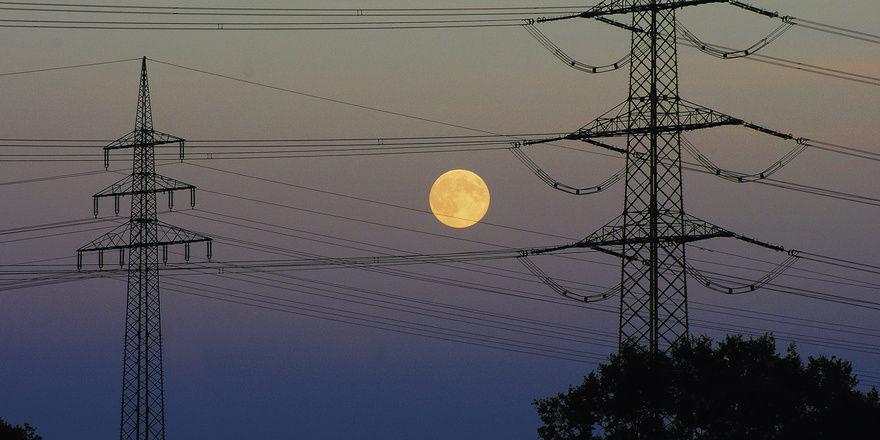 Keine Mondpreise: Wer für Elektrizität weniger bezahlen will, muss Vergleiche anstellen