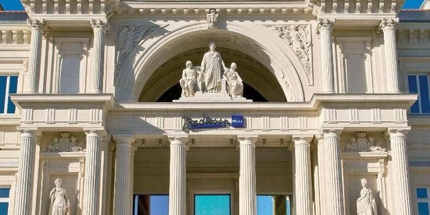 Hotel im früheren Justizpalast: Das Radisson Blu Hotel in Nantes
