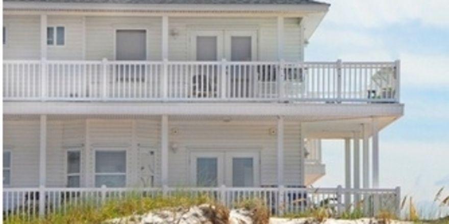 ein beach hotel und eine bretterbude f r heiligenhafen allgemeine hotel und gastronomie zeitung. Black Bedroom Furniture Sets. Home Design Ideas