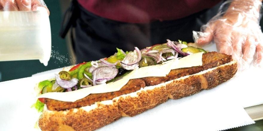 Geschäft mit Sandwiches: Subway plant Neuerungen für seine deutschen Restaurants