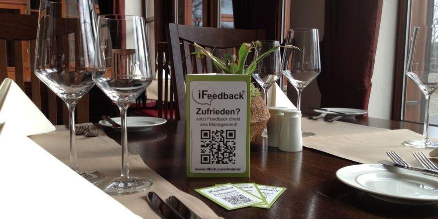 Kritik erwünscht: Die Gäste werden mit Flyern und Karten auf das Bewertungssystem iFeedback hingewiesen