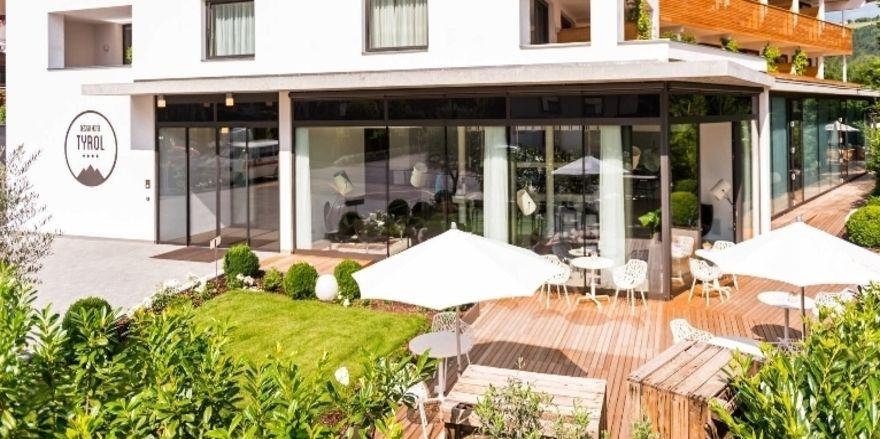 Design hotel tyrol renoviert zimmer und wellness bereich for Design hotel tirol