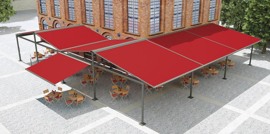 Zwei Konzepte, zwei Lösungen: Lounge-Terrasse mit Schirmen von Glatz (oben) und Bistro-Außenfläche mit Markisen von Markilux